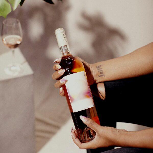 Vīns dāvana